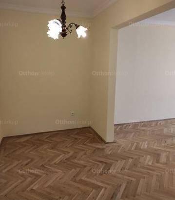 Kiadó lakás Székesfehérvár, 1+2 szobás