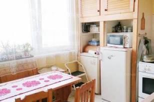 Debreceni lakás eladó, 79 négyzetméteres, 4 szobás