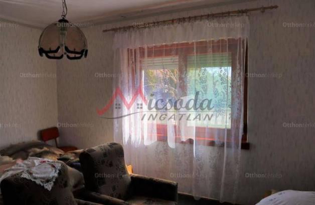 Eladó családi ház Sarkad, 2 szobás