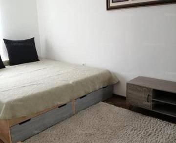 Pécs 3 szobás lakás kiadó