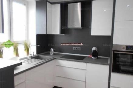 Nyíregyházai családi ház kiadó, 80 négyzetméteres, 2 szobás