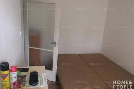 Eladó lakás Szeged, 2 szobás