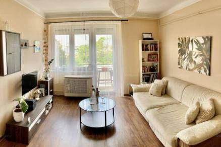 Budapesti lakás eladó, 51 négyzetméteres, 2 szobás