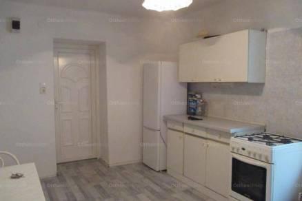 Békéscsaba 2 szobás lakás eladó