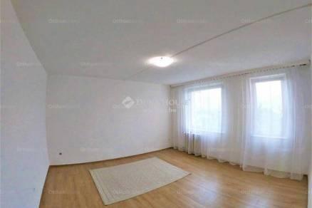 Eladó lakás Veszprém, 1+1 szobás