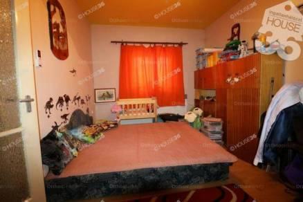 Kecskeméti családi ház eladó, 60 négyzetméteres, 2 szobás