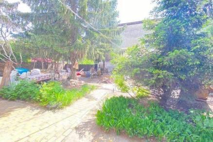 Családi ház eladó Budapest, 148 négyzetméteres