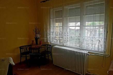 Házrész eladó Debrecen, 54 négyzetméteres