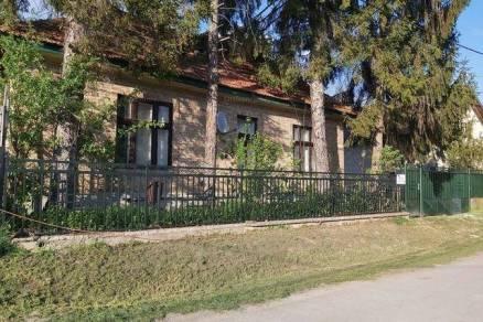Eladó családi ház Galgamácsa, 4 szobás