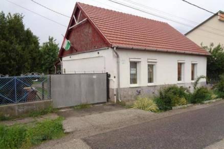 Hatvan eladó családi ház