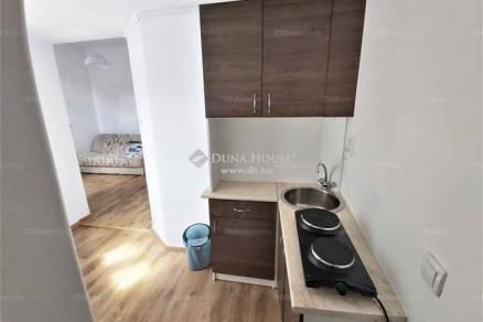 Veszprémi lakás eladó, 23 négyzetméteres, 1 szobás