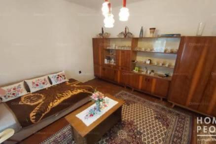 Eladó, Kistelek, 2 szobás
