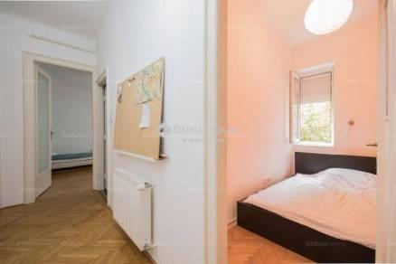 Budapesti lakás eladó, 85 négyzetméteres, 2+2 szobás