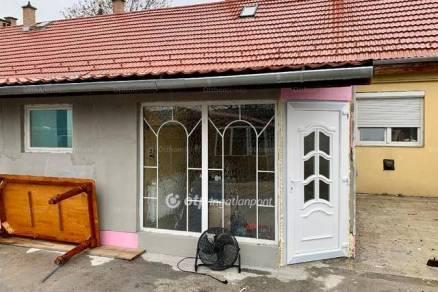 Budapesti eladó sorház, 2 szobás, 58 négyzetméteres