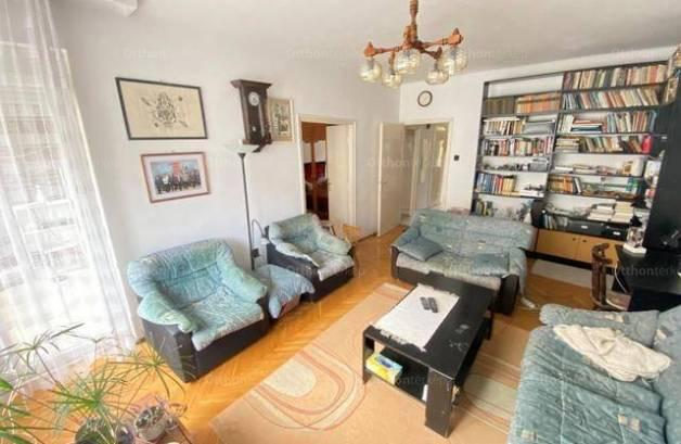 Kaposvári lakás eladó, 65 négyzetméteres, 3 szobás