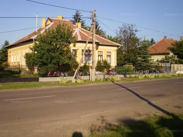 Családi ház eladó Tarnaméra - Árpád utca, 105 négyzetméteres