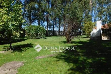 Családi ház eladó Kecskemét, 271 négyzetméteres