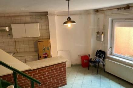Budapesti kiadó ikerház, 2+2 szobás, 110 négyzetméteres
