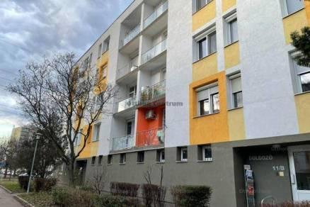 Budapesti lakás eladó, 28 négyzetméteres, 1 szobás