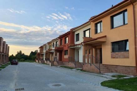 Eladó 3 szobás családi ház Győr