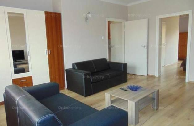 Pécsi kiadó lakás, 2 szobás, 60 négyzetméteres