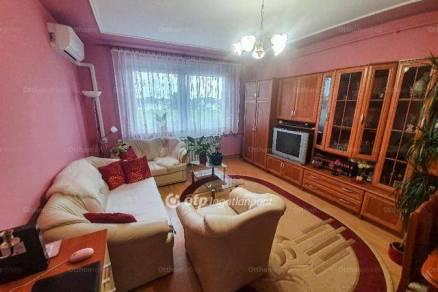 Eladó lakás Budapest, 1+1 szobás