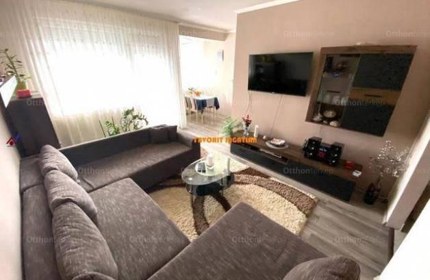 Nyíregyházai eladó lakás, 2 szobás, 57 négyzetméteres