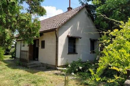 Eladó 2 szobás nyaraló Tiszaroff
