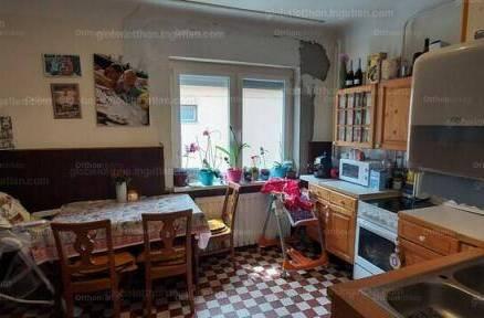 Ásványrárói családi ház eladó, 106 négyzetméteres, 3 szobás