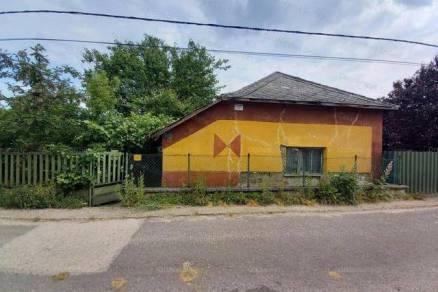 Családi ház eladó Tiszaföldvár, 67 négyzetméteres