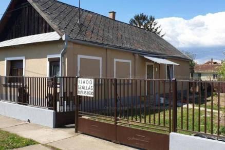 Kiadó családi ház Adács, 4 szobás