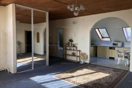 Családi ház eladó Fót, 210 négyzetméteres