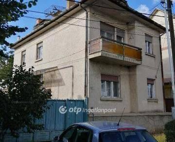 Gyöngyösi eladó családi ház, 3+1 szobás, 110 négyzetméteres