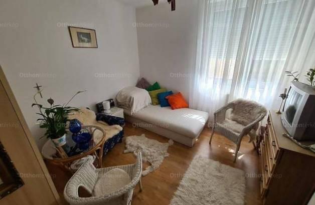 Eladó, Budaörs, 2 szobás
