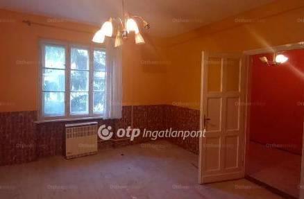 Petőfibánya lakás eladó, 1+1 szobás