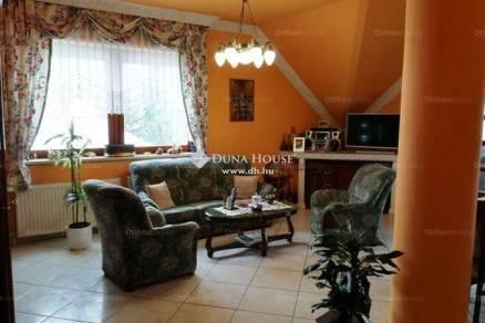 Soproni családi ház eladó, 252 négyzetméteres