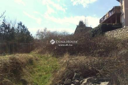 Pécsi eladó telek, 763 négyzetméteres