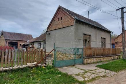 Kishajmás eladó családi ház