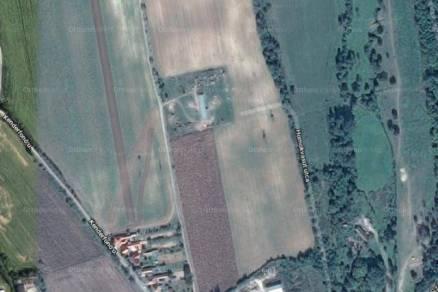 Telek eladó Pécs, 880 négyzetméteres