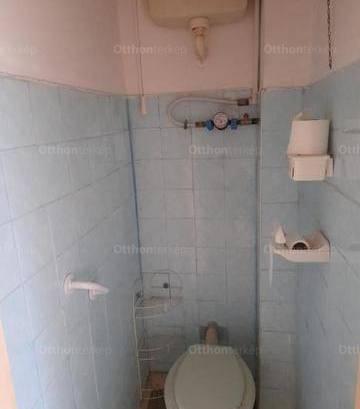 Eladó, Győr, 1+1 szobás
