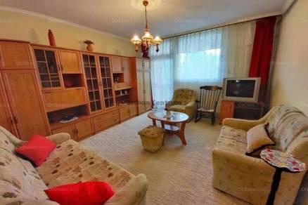 Kiadó lakás Baja, 3 szobás