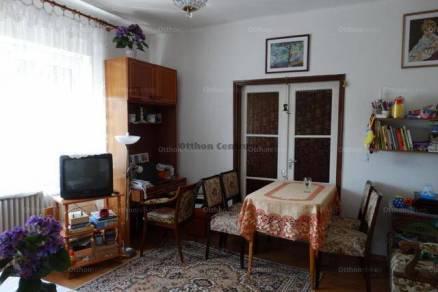 Eladó 6 szobás családi ház Szombathely