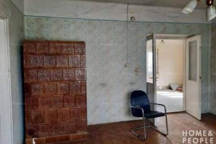 Eladó családi ház, Szeged, 2+2 szobás