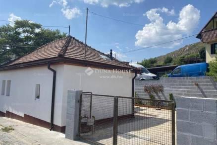 Családi ház eladó Budaörs, 48 négyzetméteres