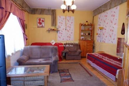 Székesfehérvár családi ház eladó, 4 szobás