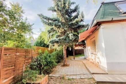 Budapest 4 szobás sorház eladó