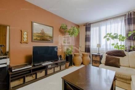 Eladó 3+1 szobás lakás Budapest