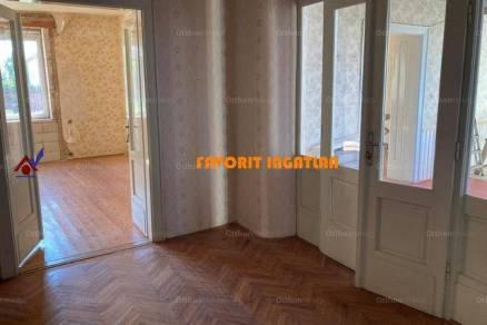 Családi ház eladó Rakamaz, 140 négyzetméteres
