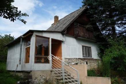 Eladó családi ház Miskolc, 1 szobás