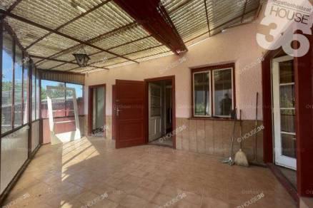 Családi ház eladó Kiskunfélegyháza, 95 négyzetméteres